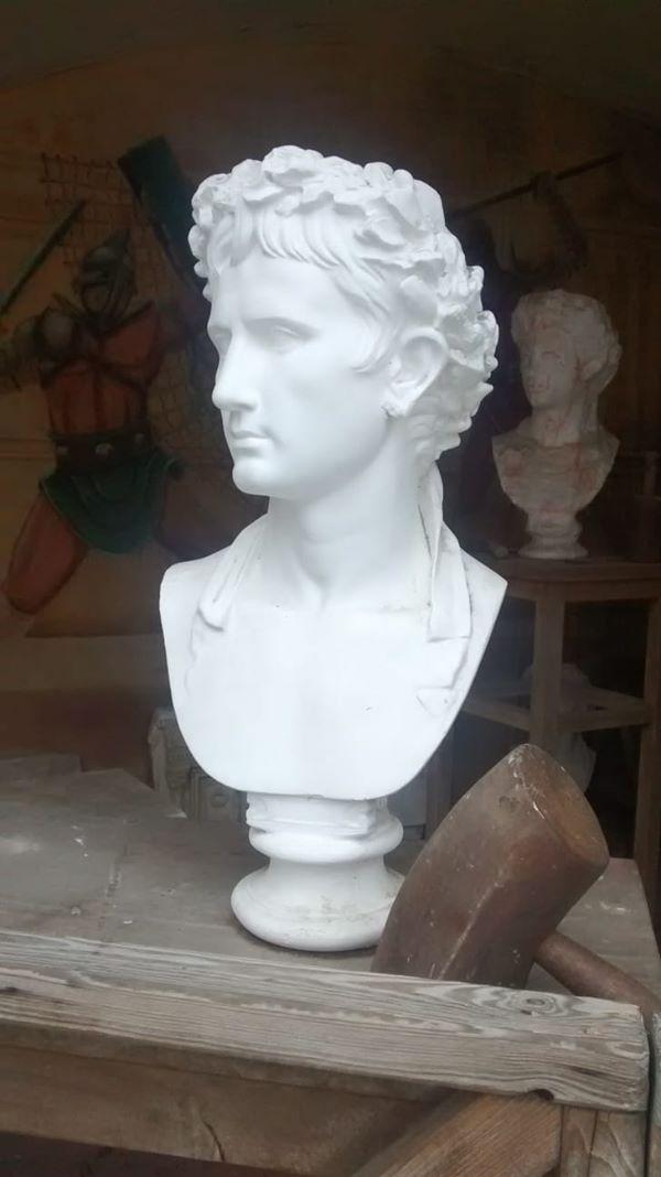 4 Romeinse bustes gestolen uit Museumpark Oriëntalis