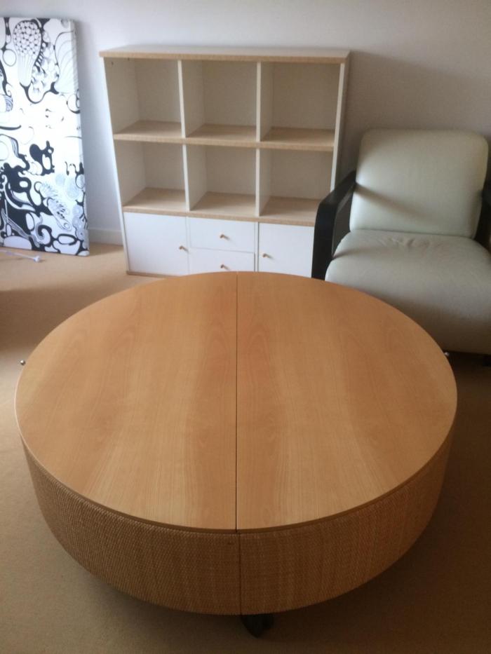 Retro Salon Tafel.Unieke Design Retro Salon Tafel In Prikbord Op Nijmegen