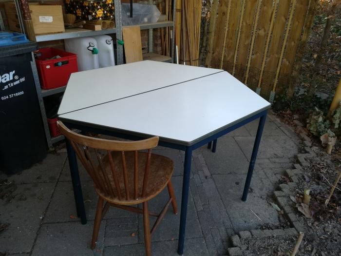 Metalen tafels een stoere eethoek ▷ bij westwingnow